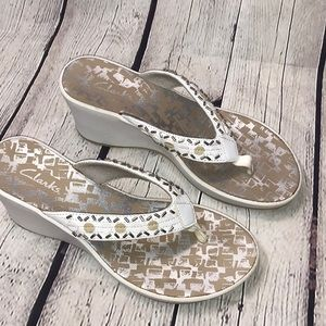 Clarks Wedge Sandal So Comfy and Stylish Sz 7